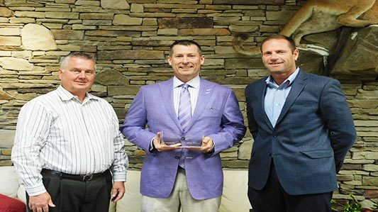 Guy Roofing wins GAF Excellence Award